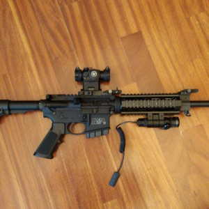 RIFLE SMITH & WESSON MP15 300 AAC CON EXTRAS